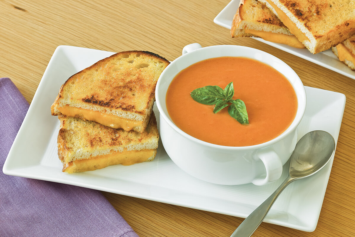 How to Make Cream of Tomato Basil Soup